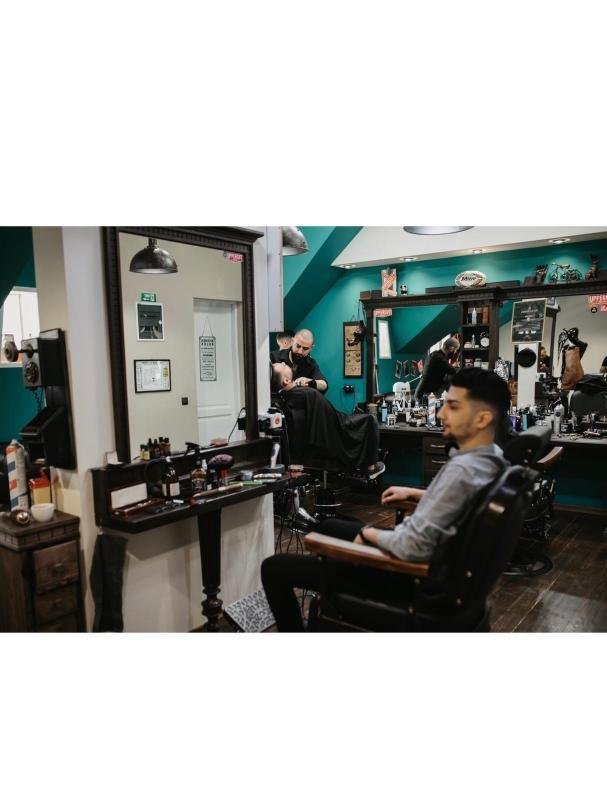 Salon Royals Hair Barbershop Din Sibiu
